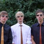 Wie cool ist das denn: Krawatten und Handtaschen aus Holz